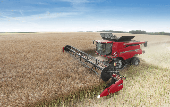 MOISSONEUSE-CASE-IH
